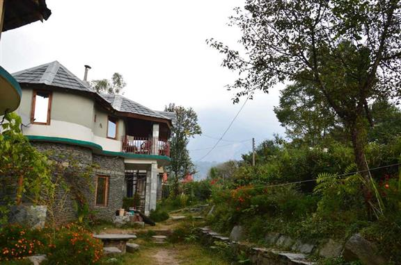 Ghoomakad Home Stay
